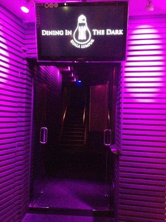 dining-in-the-dark-kl